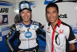 Shinya Nakano y Takuma Sato piloto de F1