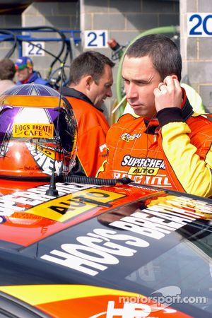 Paul Weel returns to drive for his team