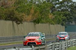 Steven Richards and Russell Ingall on the back straight