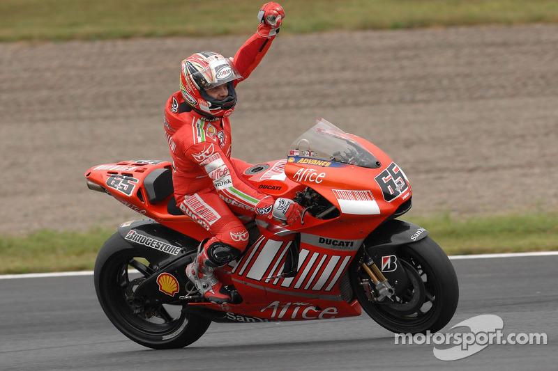 2007: Loris Capirossi, Ducati Desmosedici GP7