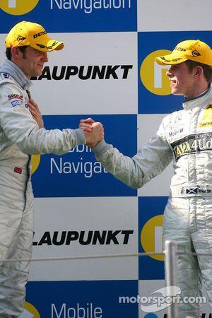 Podium: Jamie Green, Team HWA AMG Mercedes, congratulates Paul di Resta, Persson Motorsport AMG Merc
