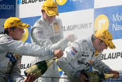 Podium: Jamie Green, Team HWA AMG Mercedes, gets a champagne shower from Bruno Spengler, Team HWA AM