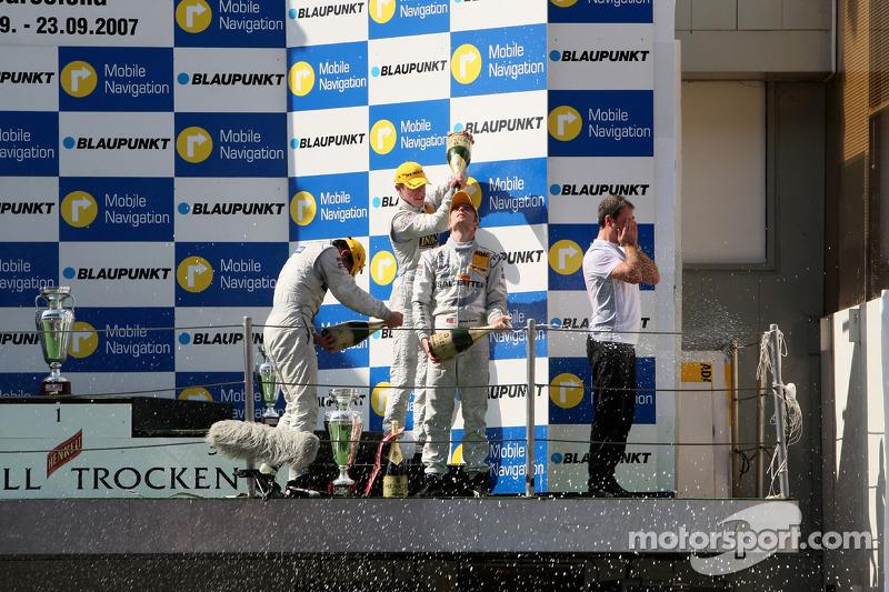 Podium: race winner Jamie Green, Team HWA AMG Mercedes, AMG Mercedes C-Klasse being sprayed on with