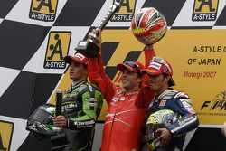 Podium: 1. Loris Capirossi, 2. Randy de Puniet, 3. Toni Elias