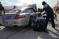 Arrêt au stand pour la #39 TRG Porsche 997: Duncan Ende, Grant Maiman