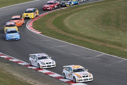 Felix Porteiro, BMW Team Italy-Spain, BMW 320si WTCC and Andy Priaulx, BMW Team UK, BMW 320si WTCC