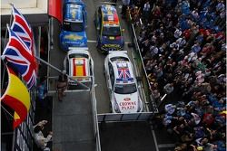 Parc Ferme and Robert Huff, Team Chevrolet, Chevrolet Lacetti and Felix Porteiro, BMW Team Italy-Spain, BMW 320si WTCC on the podium