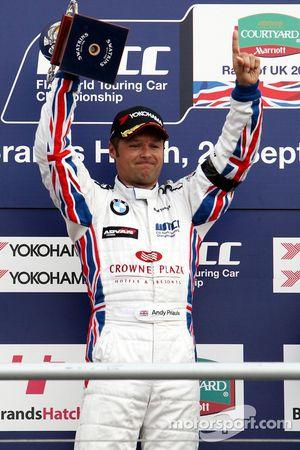 Podium, Andy Priaulx, BMW Team UK, BMW 320si WTCC
