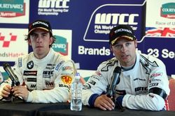 Felix Porteiro, BMW Team Italy-Spain, BMW 320si WTCC, Andy Priaulx, BMW Team UK, BMW 320si WTCC