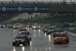 Tour de formation: #266 H & R Spezialfedern VW Golf5 Tdi Kit: Kai Jordan, Ralf Bohnhorst, Andreas Waldherr, #86 Ford Focus STR: Sebastian Asch, Urs Bressan, Stephan Wölflick