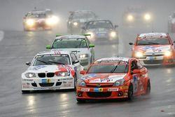 Départ: #105 MS Racing Seat Leon: Manfred Sick, Harald Böttner, Andreas Potrzeba
