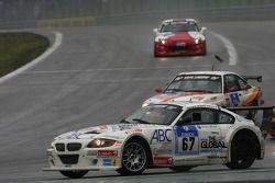 #67 Kruse-Motorsport BMW Z4 GTR: Ian Mitchell, Hardy Schiller, Arno Klasen