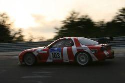 #103 Brunswick Automotive Mazda RX7: Giles Groombridge, Dave Ashford, James Baxter, Matthew West