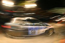 Arrêt au stand pour la #58 BMW M3 E46: Sergey Matveev, Oleksiy Kikireshko, Stanislav Gryazin, Valeriy Gorban