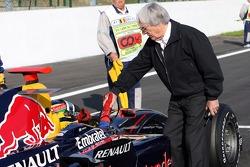 Bruno Senna, Arden International with Bernie Ecclestone