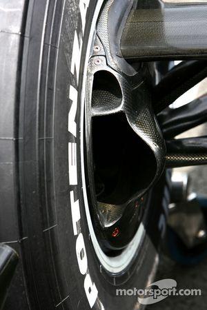 WilliamsF1 Team, FW29, fren Duct