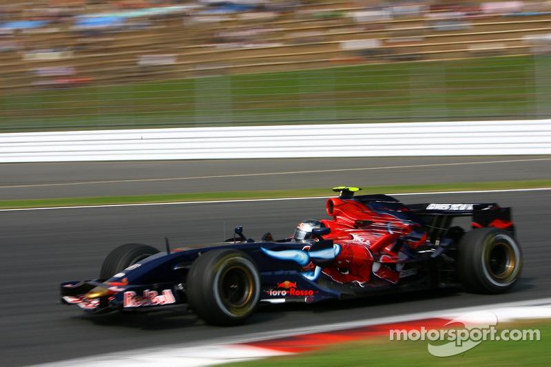#19: Sebastian Vettel, Scuderia Toro Rosso, STR02