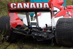 Accident de James Hinchcliffe, pilote A1 Equipe du Canada dans la 2ème séance d'entrainement
