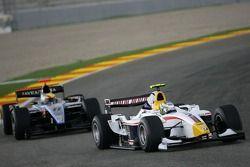 Lucas di Grassi leads Sergio Hernandez,