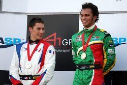 Podium, Adrian Zaugg, pilote A1 Equipe d'Afrique du Sud, Loic Duval, pilote A1 Equipe de France