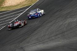 #73 Tafel Racing Porsche 911 GT3 RSR: Jim Tafel, Nathan Swartzbaugh, Lars-Erik Nielsen, #1 Audi Spor
