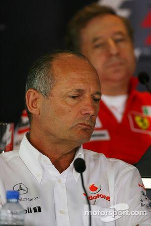 Ron Dennis, McLaren, Takım Patronu, Yönetim Kurulu Başkanı ve Jean Todt, Scuderia Ferrari, Ferrari C