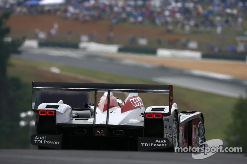 #1 Audi Sport North America Audi R10 TDI Power: Rinaldo Capello, Allan McNish at Road Atlanta