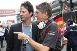 Keanu laborea, agente, con Nick Fry, Honda Racing F1 Team, Director Ejecutivo