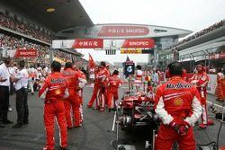 The grid, Kimi Raikkonen, Scuderia Ferrari