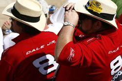 Fans of Dale Earnhardt Jr.