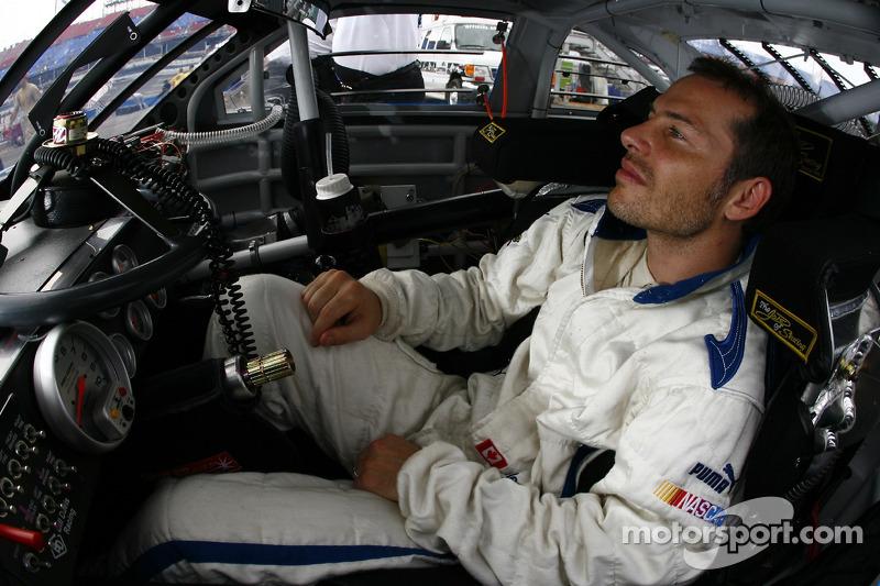Após a F1, Villeneuve se aventurou na NASCAR, competindo pelas três principais categorias, além da versão canadense da série. Mas sem sucesso.