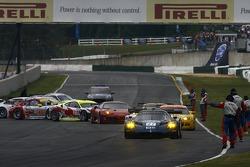 #27 Lista Doran Racing Maserati MC-12-C: Didier Theys, Fredy Lienhard, Andrea Bertolini heads to pac