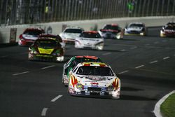 Greg Biffle leads a pack down the frontstretch