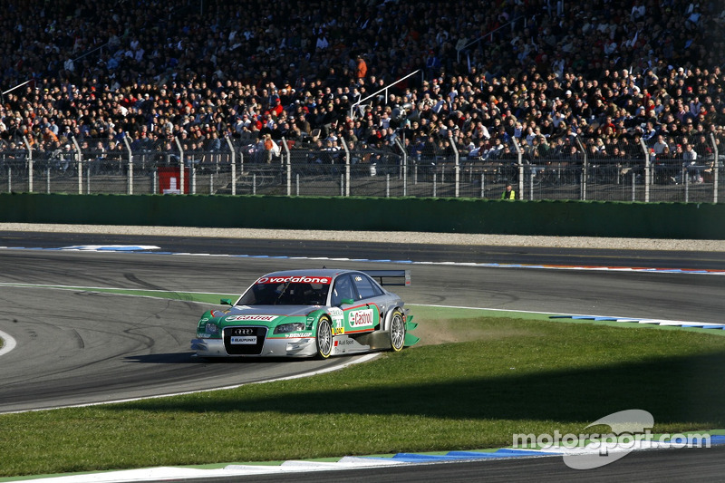 Vanina Ickx, TME, Audi A4 DTM missed the entry of the pitlane completely and skidded through the gra