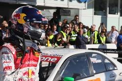 Чемпион DTM 2007 года Маттиас Экстрем