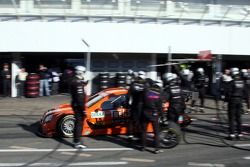 Pit stop for Daniel la Rosa, M¸cke Motorsport AMG Mercedes, AMG Mercedes C-Klasse