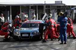 Pit stop for Tom Kristensen, Audi Sport Team Abt Sportsline, Audi A4 DTM