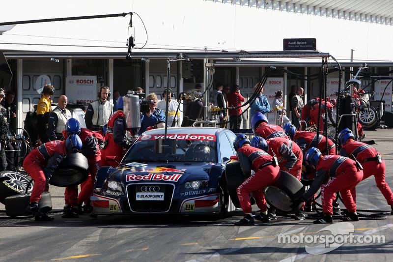 Pit stop para Mattias Ekstrom, Audi Sport Team Abt Sportsline, Audi A4 DTM
