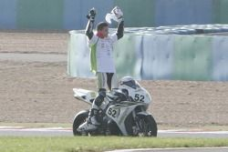 James Toseland celebrates his new title…before going to Moto GP