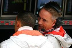 Lewis Hamilton, McLaren Mercedes et Martin Whitmarsh, McLaren, chef de la direction