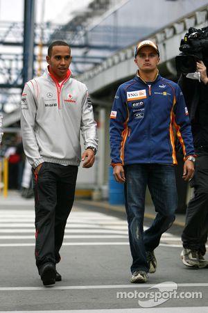 Lewis Hamilton, McLaren Mercedes, Heikki Kovalainen, Renault F1 Team