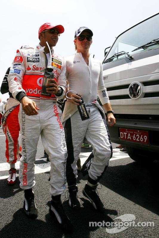 Robert Kubica, BMW Sauber F1 Team , Nico Rosberg, WilliamsF1 Team