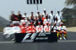 end, season group photo: Lewis Hamilton, McLaren Mercedes