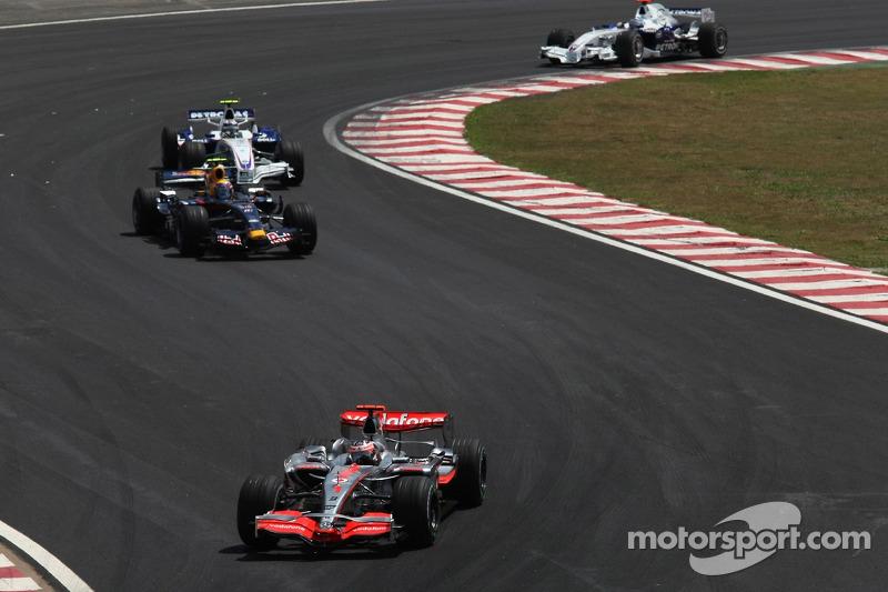 Fernando Alonso, McLaren Mercedes, Mark Webber, Red Bull Racing, Robert Kubica, BMW Sauber F1 Team,