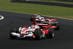 Takuma Sato, Super Aguri F1, Lewis Hamilton, McLaren Mercedes