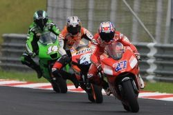 Casey Stoner ahead of Dani Pedrosa and Randy De Puniet