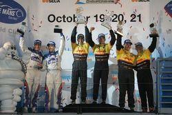 P2 podium: class winners Timo Bernhard and Romain Dumas, second place Sascha Maassen and Ryan Briscoe, third place Adrian Fernandez and Luis Diaz