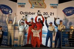 GT2 podium: class winners Jaime Melo and Mika Salo, second place Ralf Kelleners and Tom Milner, third place Wolf Henzler and Dominik Farnbacher
