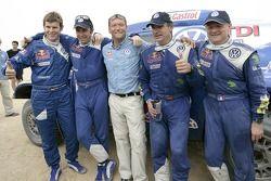 Dirk von Zitzewitz, Giniel de Villiers, Volkswagen Motorsport Director Kris Nissen, Carlos Sainz and Michel Périn celebrate FIA Cross-Country Rally World Cup 2007
