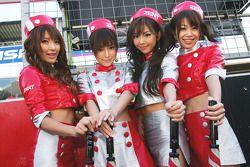 Zent Cerumo girls